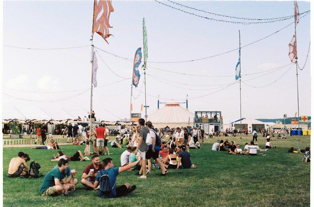 Festivalová príručka
